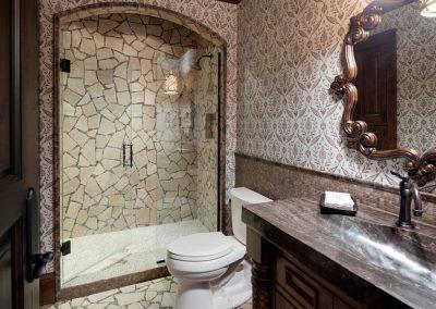 Deephaven guest bathroom
