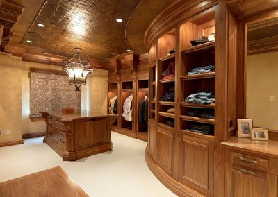 Deephaven his walk-in closet