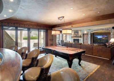 Deephaven pool room