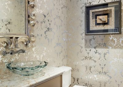 Deephaven powder room
