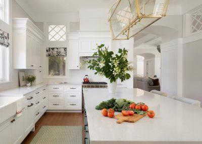 kitchen in John Kraemer & Sons Lake Minnetonka Coastal style home