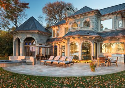 backyard patio at Lake Minnetonka Estate
