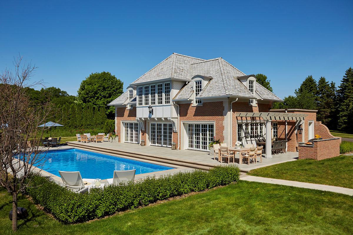 Medina Pool House