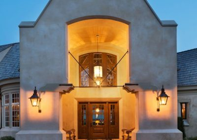 grand entrance to MN River Estate