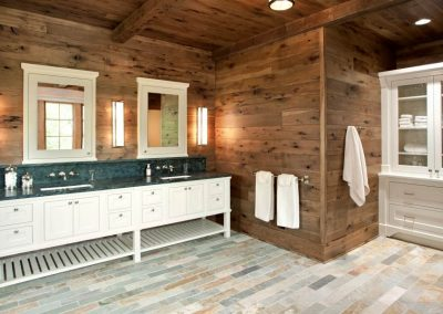 Northern Wisconsin Cabin by John Kraemer and Sons