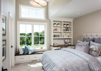 second bedroom in Orono Deer Hill Preserve