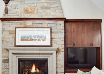 fireplace detail in Parkwood Knolls Custom home