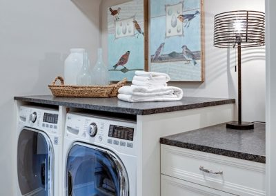 laundry room in Parkwood Knolls Custom home