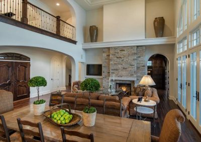 family room in Candy Cove home on Prior Lake