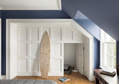John Kraemer & Sons Coastal Lakeside dog room