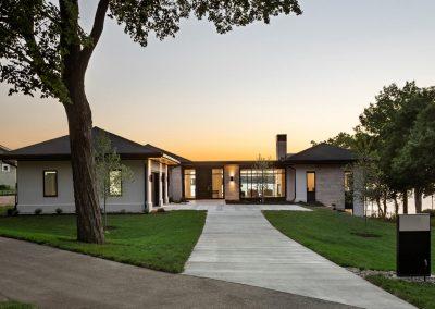 Tonka Bay Modern home by John Kraemer & Sons