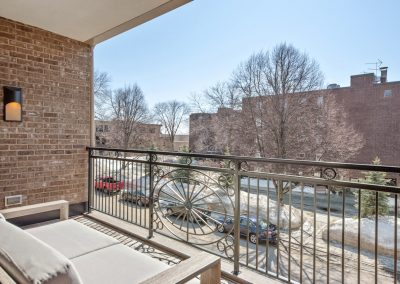 walkout patio in Wayzata Luxury Condo